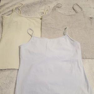 3 GAP camisoles
